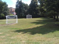 Le nuove porte da calcio al Parco Amico