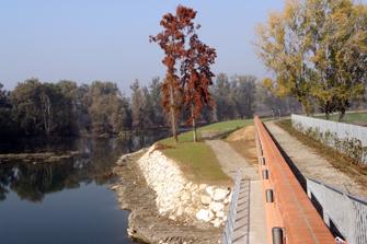 Il nuovo argine della sponda sinistra del fiume Adda