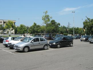 Il parcheggio del centro commerciale MyLodi