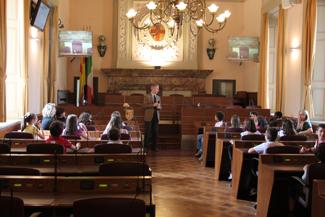 gli studenti in aula consiliare