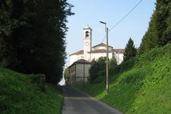 Vista della chiesa del quartiere San Gualtero
