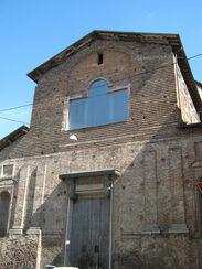 La facciata dell'ex chiesa di San Cristoforo
